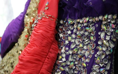 New boutique helps students for prom
