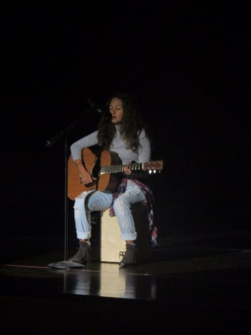 Singer voted best at talent competition