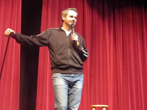 Comedians offer time to help school program