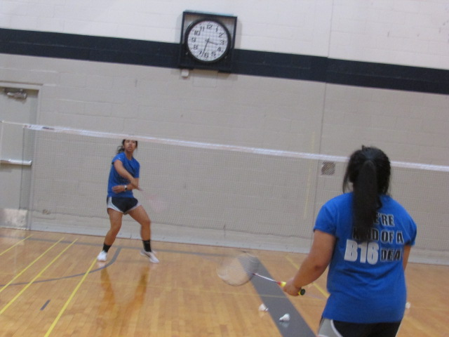 Senior Raynne Belingon and Ashley Manzano practice before going to the state competition.