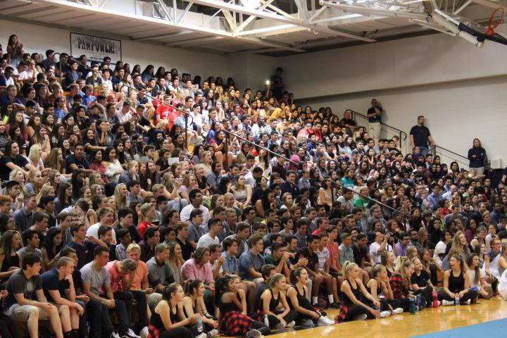 WeGo welcomes freshman students at the first pep assembly of the year