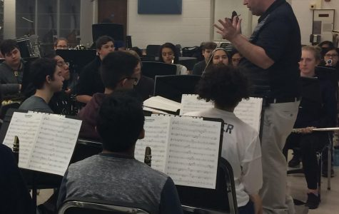 Band will honor seniors at their last concert