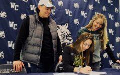 Senior Shaye Lauro signs Division 1 athletic scholarship