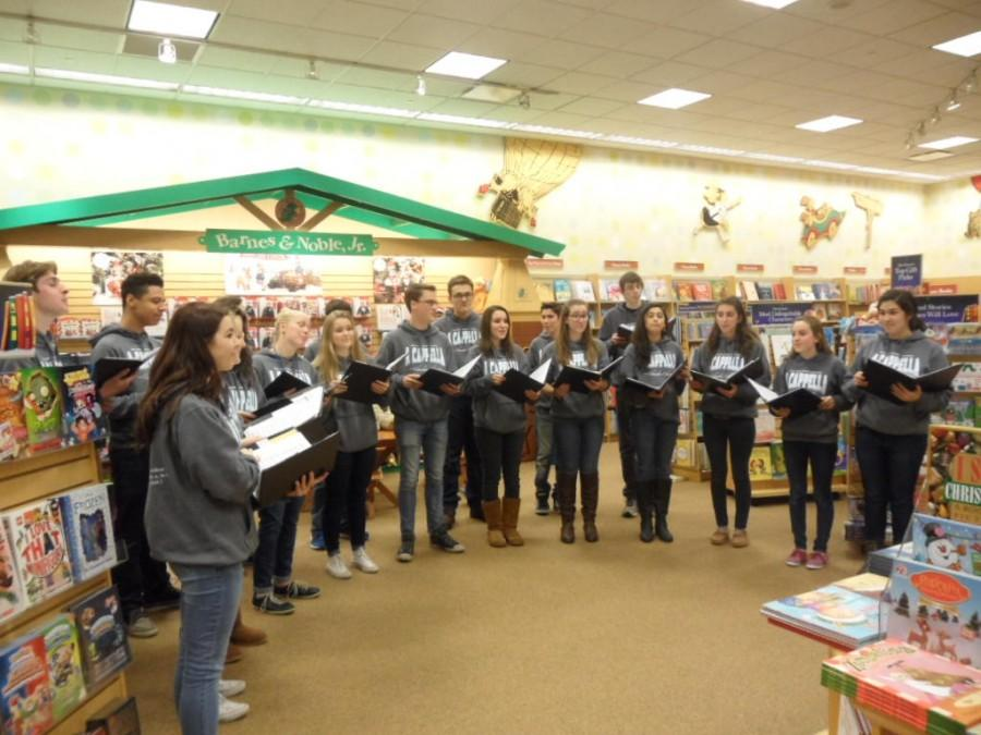 Chamber Choir performed Christmas theme songs at last year's Barnes & Noble event.