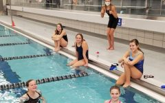 Navigation to Story: Girls swimming keeps moving forward despite COVID-19 restrictions