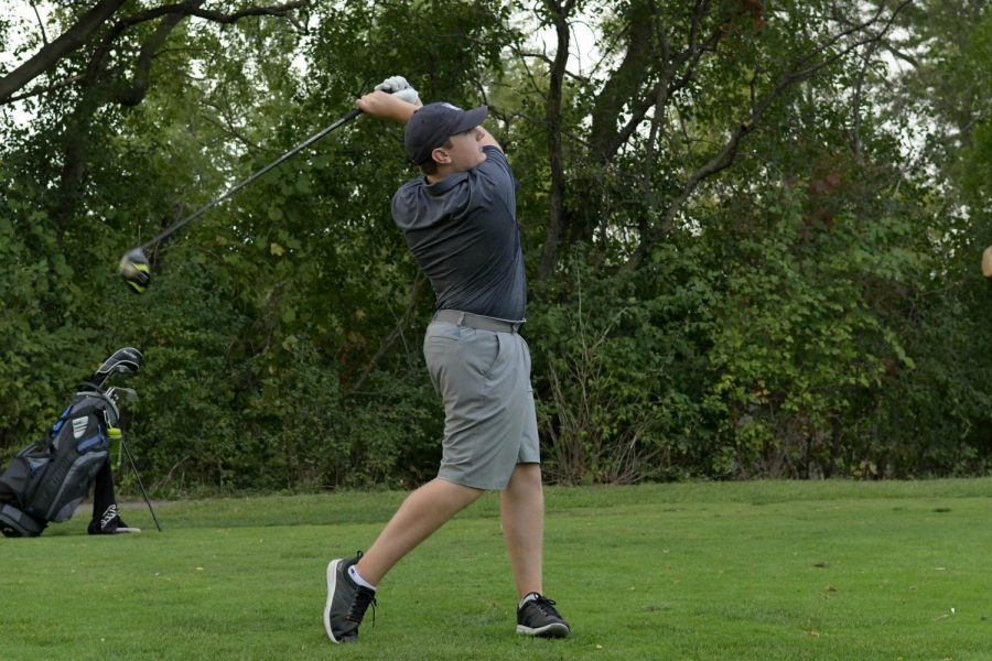 Boys+golf+is+playing+in+the+Glenbard+East+regionals+Tuesday.